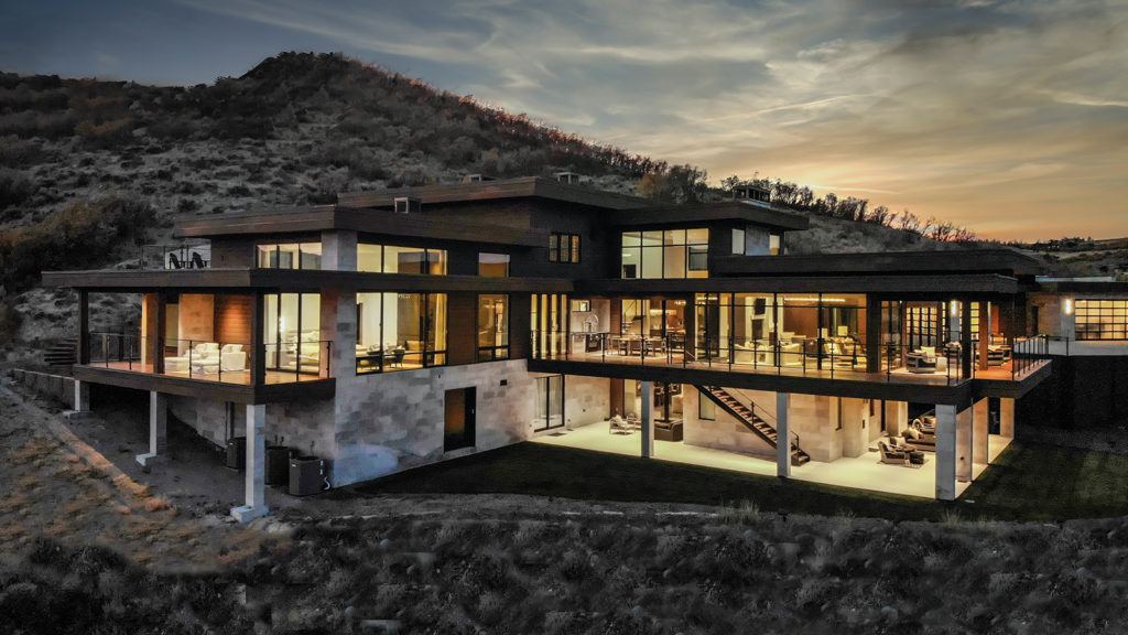 Modern mountain home by architectural designer Ron Lee