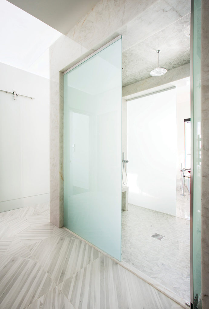 Three-side glass shower with privacy glass